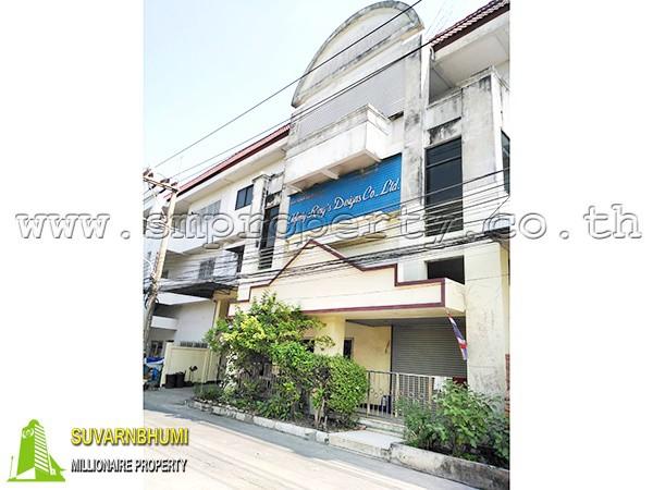 โรงงาน ถนนพุทธมณฑลสาย 5 นครปฐม